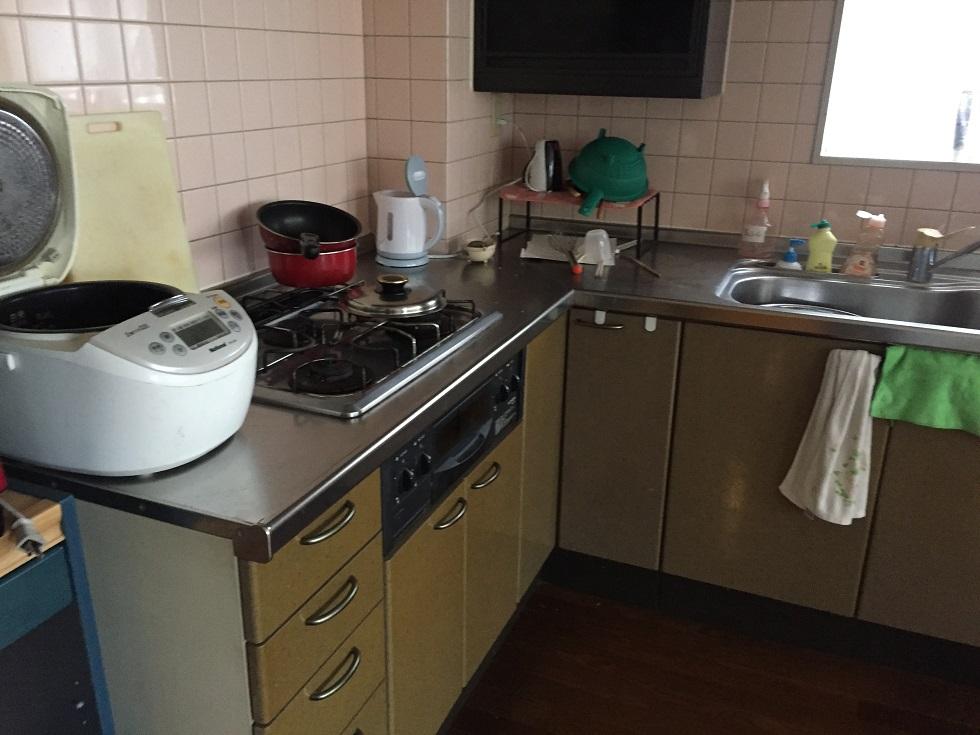 リノベーション前のキッチン画像